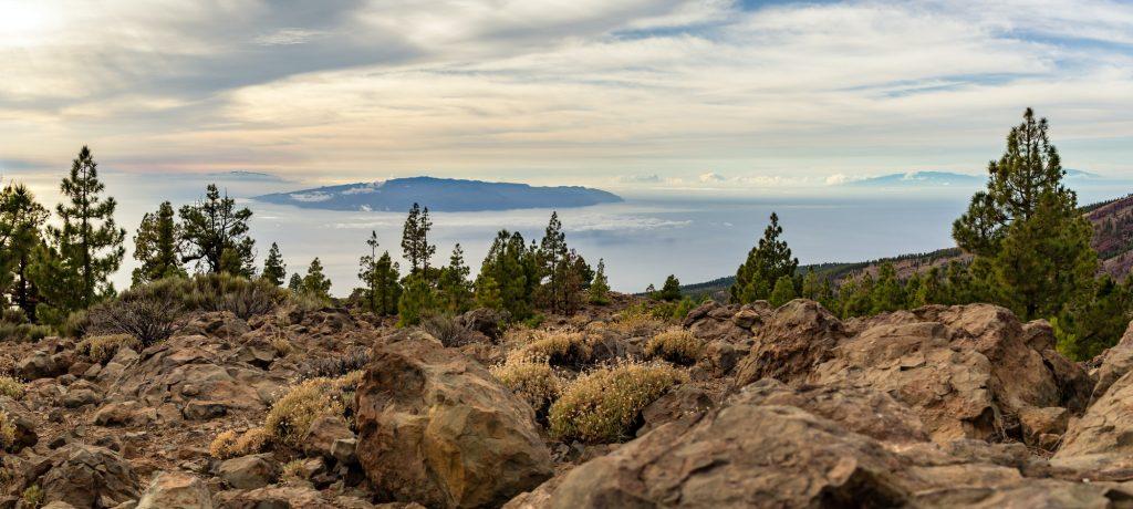 Inspiring Mountains Landscape, islands and ocean